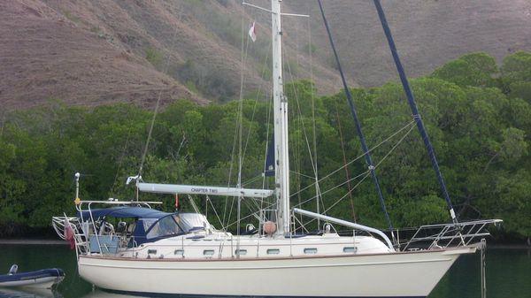 Island Packet 420 At Anchor