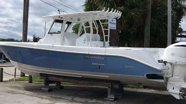 Everglades 355CC Profile