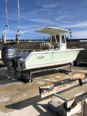 2016 Sea Hunt Ultra 235 SE Seminole, Florida - USA Coastal