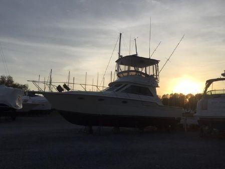 Tiara Yachts convertible image