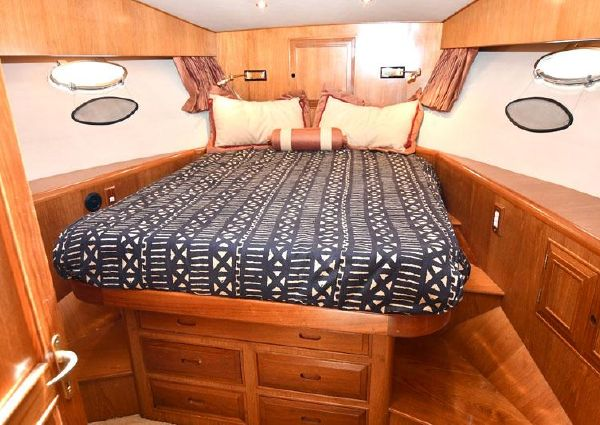 Ocean Alexander 422 Sport Sedan image
