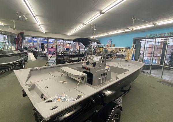 Alumacraft 20 Coastal Center Console image
