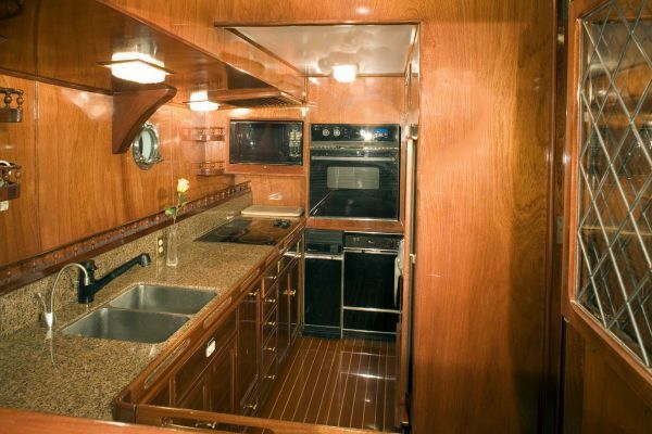 1982 Custom Purchase BoatsalesListing