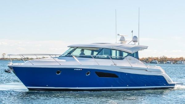 Tiara Yachts 44 Sport Coupe Port Side