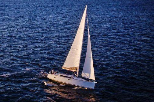Jeanneau Sun Odyssey 389 image