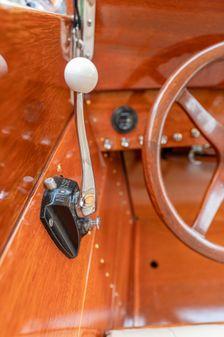 Chris-Craft Cadet Triple Cockpit image