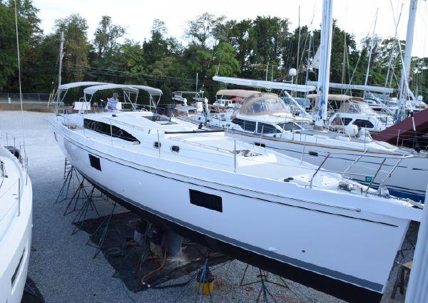 Catalina 545 image