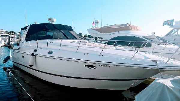 Cruisers Yachts 3870 Express IMG_20170909_082406819.jpg