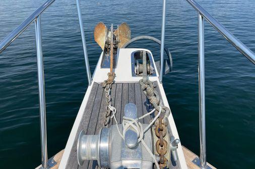 Grand Banks 46 Classic Trawler image
