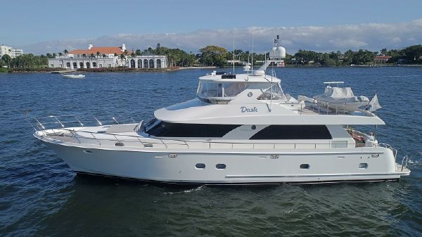 Ocean Alexander Open Flybridge