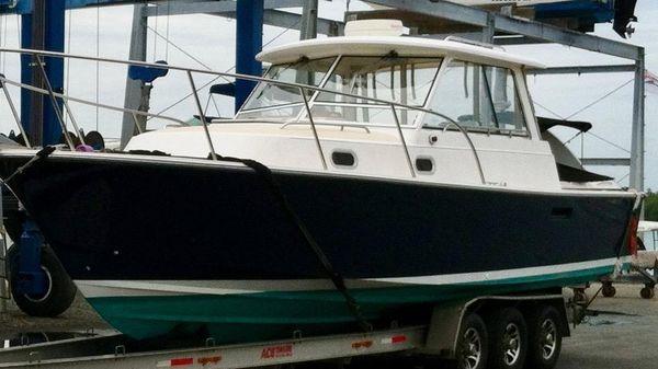 Hunt Yachts 33 MAGIC BUS