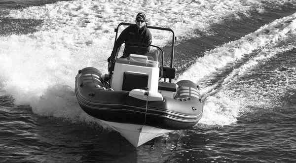 Brig Navigator 485 image