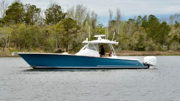 Winter Custom Yachts 38 Custom Carolina