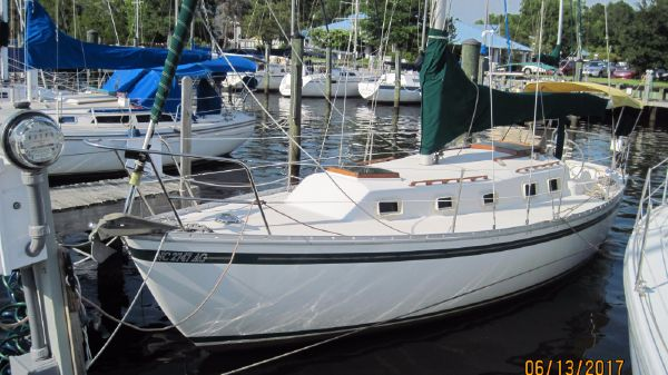 Endeavour 32' Sloop
