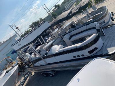2019 Avalon<span>Catalina Platinum Funship 2785</span>