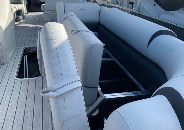 Avalon Catalina Platinum Funship 2785 image