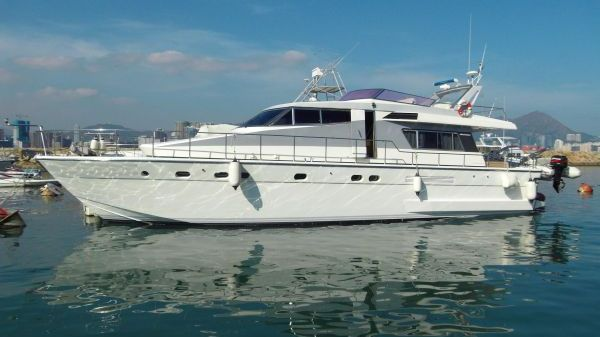 Sanlorenzo 57' Motor Yacht
