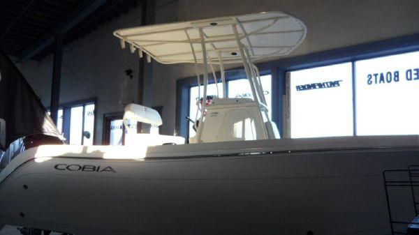 Cobia 201 Center Console