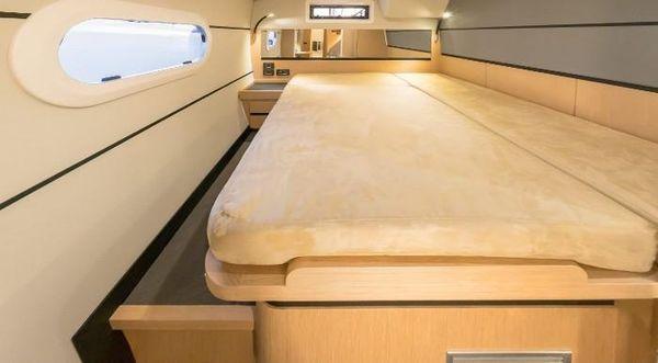 Ice Yachts Ice Cat 61 image