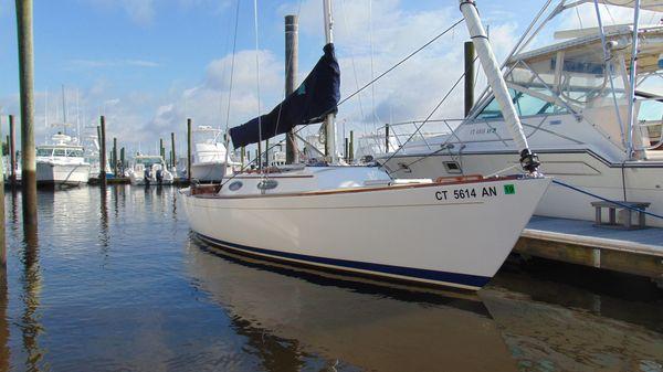 Alerion Express 28 Hull #1