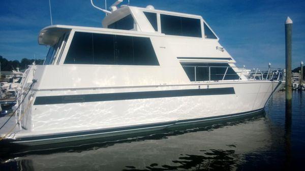 Viking 54 Sport Yacht