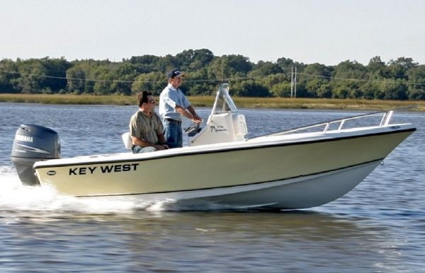 2019 Key West 176 Center Console