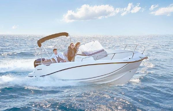 2018 Quicksilver Activ 675 Open