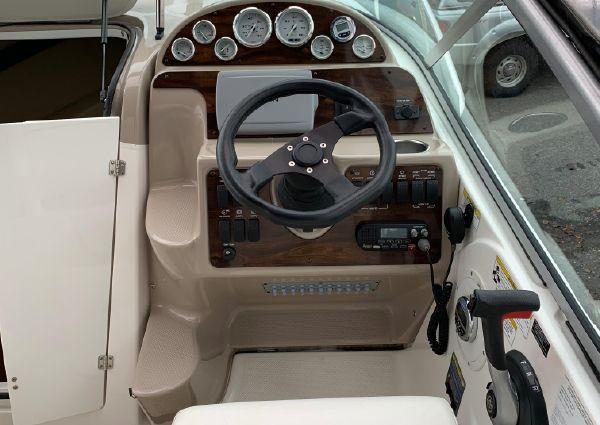 Bayliner 245 image