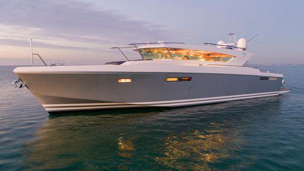 Delta Powerboats Carbon 54