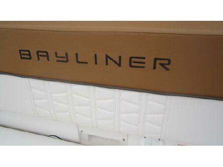 Bayliner VR5 image