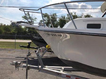Parker 2320 SL Sport Cabin image