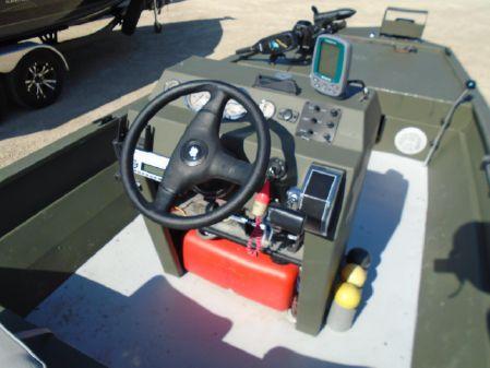 Landau 16' Modified V image