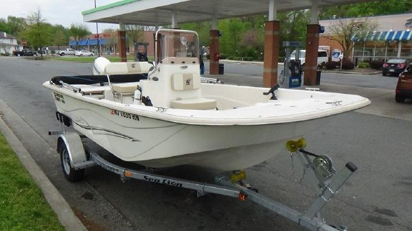 Carolina Skiff 178 DLV