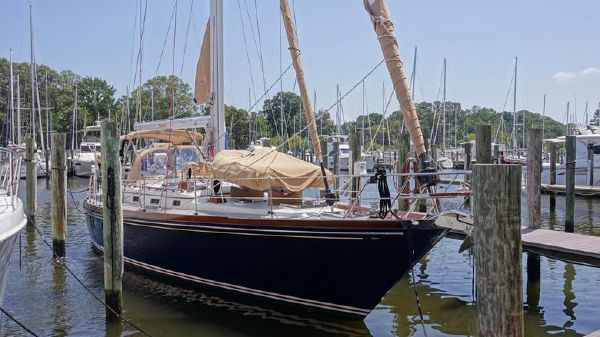 Little Harbor 54