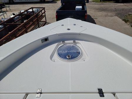 Blue Wave 2800 Pure Hybrid image
