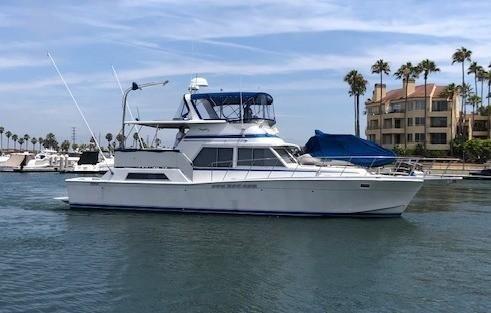 Uniflite Yacht Fisherman