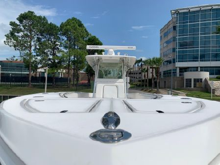 SeaHunter 40' Center Console image