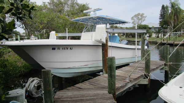 Twin Vee 29 Center Console