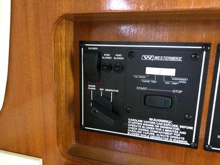 Pursuit OS 335 Offshore image