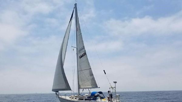 Catalina 34 At Sail