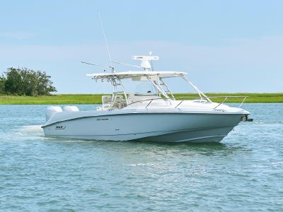 2009 Boston Whaler<span>320 Outrage Cuddy Cabin</span>