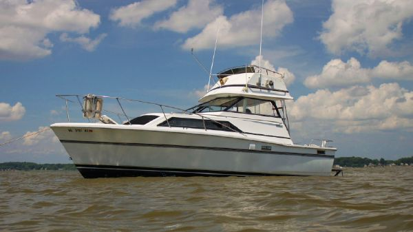 Trojan F-26 Flybridge Express 26 Trojan 78