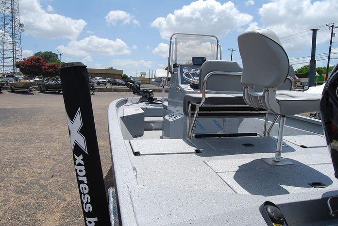 2019 Xpress H20 BAY Waco, Texas - Yowell's Boat Yard   Waco, Texas