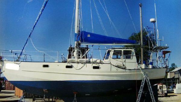 Bruce Roberts Pilothouse Sailboat