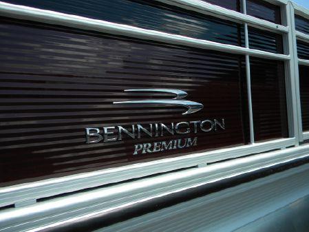 Bennington 21SSBXP image