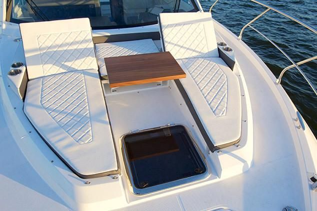 2019 Cruisers Yachts 42 Cantius Miami, Florida - Apex Marine Sales
