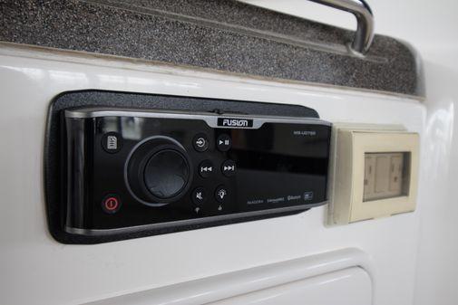 Regal Commodore 4060 image