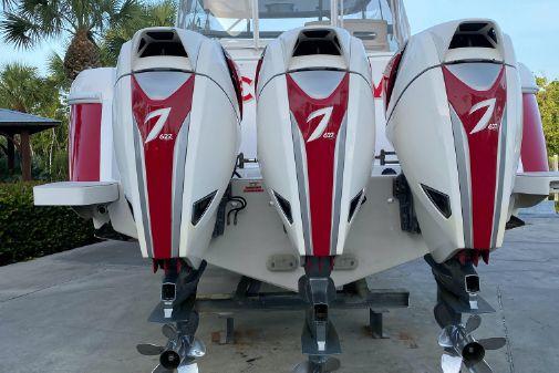 Intrepid 475 Sport Yacht image