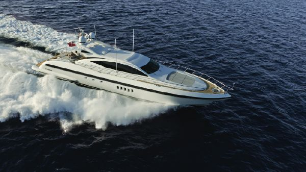 Overmarine Group Mangusta 92