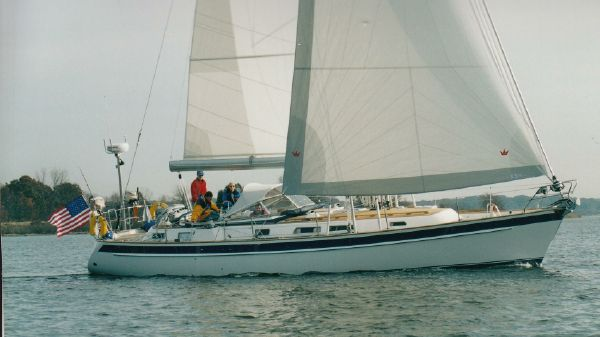 Hallberg Rassy 43 Sloop Under Sail